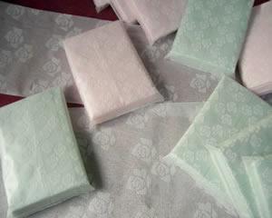 PAPER MOON (ペーパームーン) 高級ポケットティッシュ1,000袋